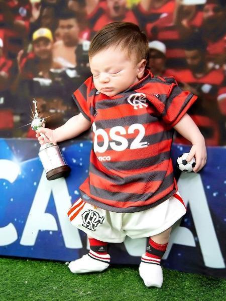 Bernardo, filho de Rodrigo Caio, do Flamengo, completa um mês  - Instagram