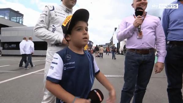 Felipinho, filho de Felipe Massa, é entrevistado pela TV inglesa no GP da Áustria