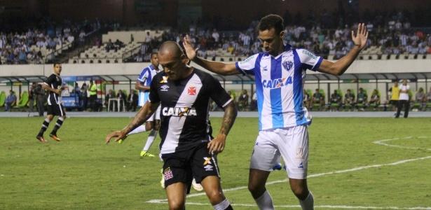 Vasco e Paysandu fizeram um duelo movimento em Belém (PA)