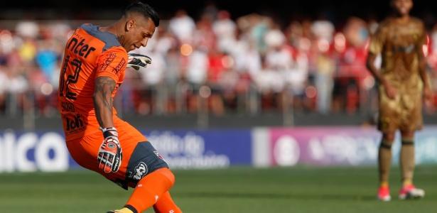 Muito antes de defender o São Paulo, Sidão trabalhou como segurança em 2007