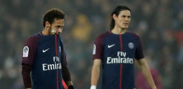 Neymar e Cavani lado a lado em jogo do PSG contra o Caen