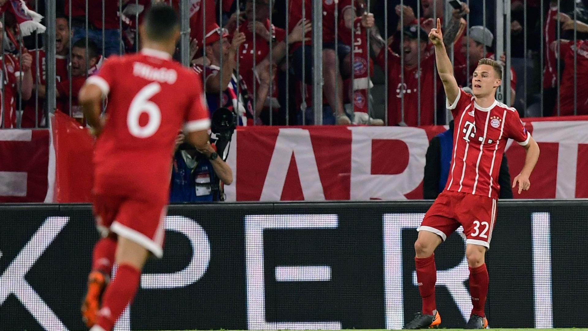 Kimmich comemora o seu gol em Bayern de Munique x Real Madrid, pela Liga dos Campeões
