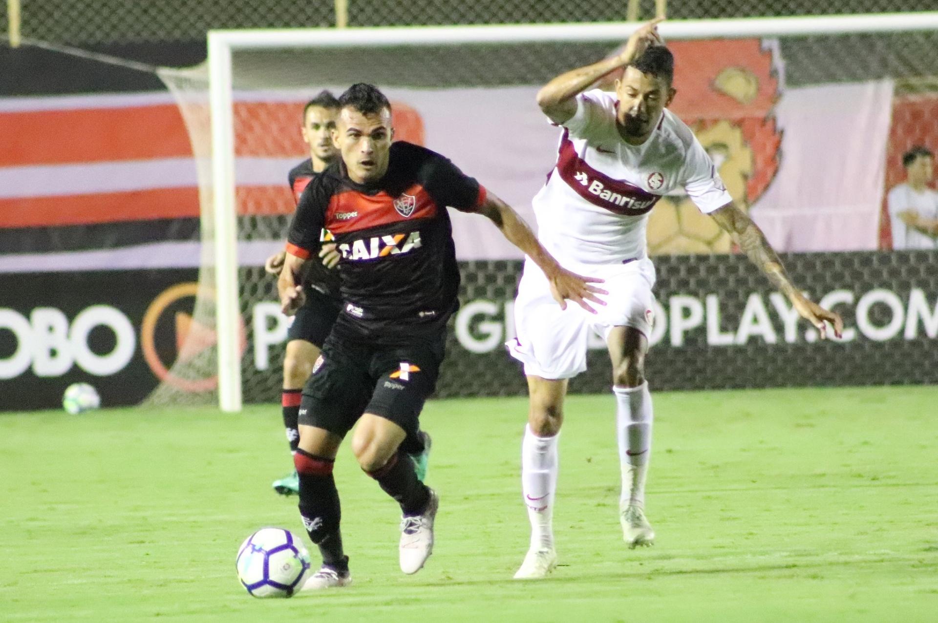 eba25a9ce8ac4 Nico López decide aos 49 do segundo tempo e Inter faz 3 a 2 no Vitória -  30 05 2018 - UOL Esporte