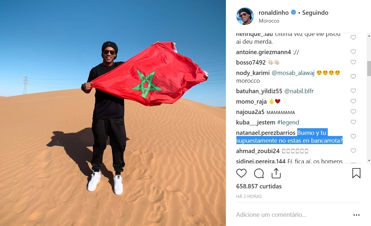 Mesmo com ordem de apreensão do passaporte, Ronaldinho viaja ao Marrocos