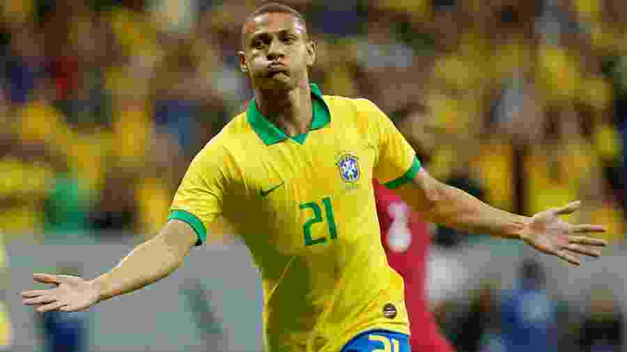 Richarlison agora tem quatro gols e divide a artilharia da seleção neste ciclo com Gabriel Jesus  - Adriano Machado/Reuters