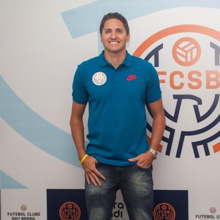 Edmílson, ex-jogador do Barcelona e da seleção brasileira - Luciano Santoliv