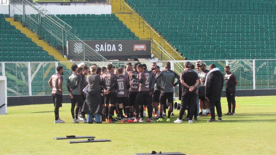 Jogadores do Figueirense não treinaram ontem e hoje em protesto aos salários atrasados - Patrick Floriani/FFC