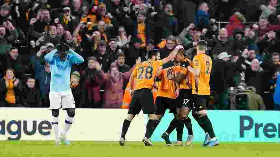 Jogadores do Wolverhampton comemoram gol contra o Manchester City - REUTERS/Andrew Yates