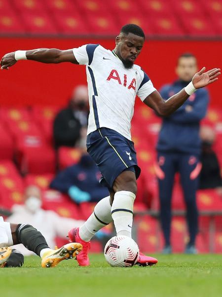 Aurier, atuando pelo Tottenham -  Tottenham Hotspur FC/Tottenham Hotspur FC via Getty Images