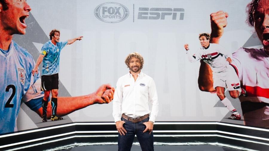 Diego Lugano nos estúdios da Disney: novo contratado de ESPN e Fox Sports - Divulgação/ESPN