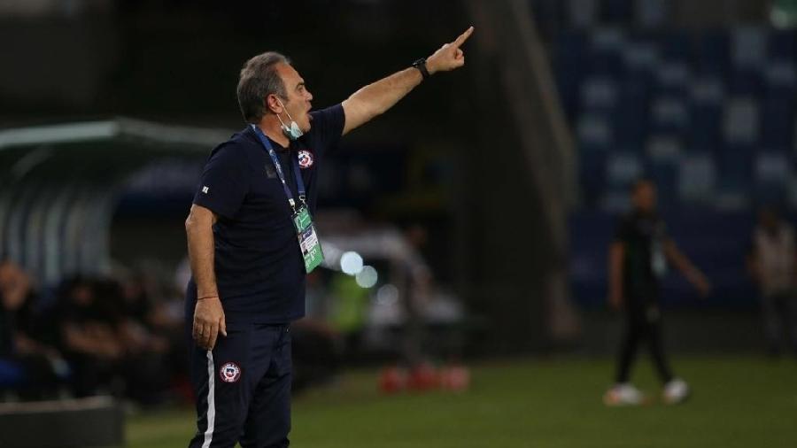 Técnico Martín Lasarte, técnico do Chile, quer escapar do Brasil na Copa América - Federação Chilena