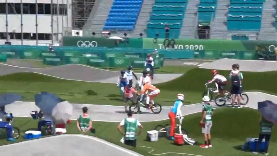 Ciclista atropela juiz durante treinamento do BMX - Reprodução