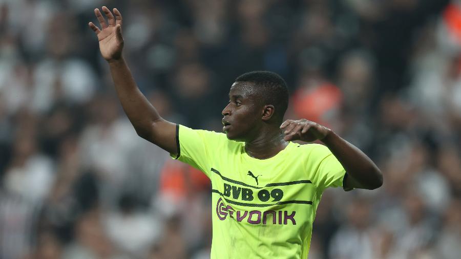 Nova camisa do Borussia Dortmund não agrada a torcida -  Alex Grimm/ Getty Images