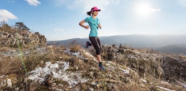 Nessa ultramaratona, é preciso terminar antes de o sol se pôr
