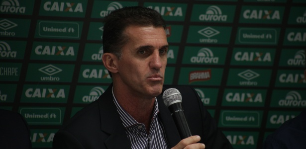 Novo técnico da Chapecoense vê obstáculos a mais para remontar time da Chapecoense