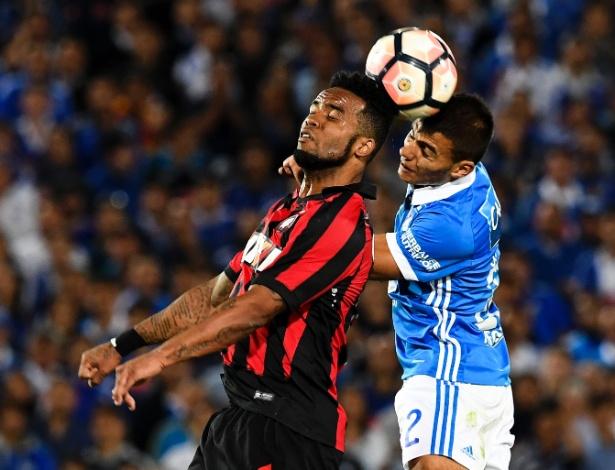 Carlos Alberto tem sido importante na Libertadores, mas só jogou uma no Brasileirão