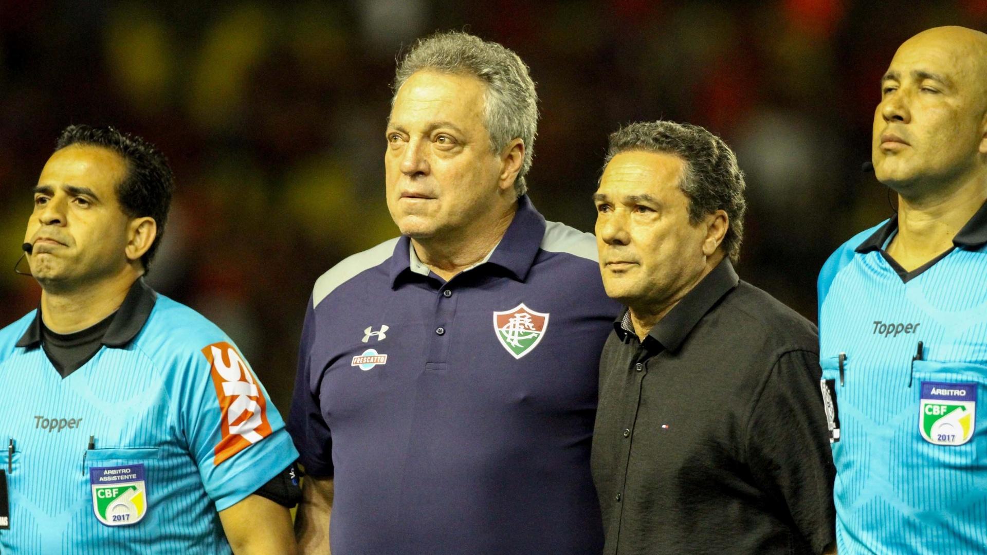 Abel Braga foi homenageado na Ilha do Retiro antes de Sport x Fluminense