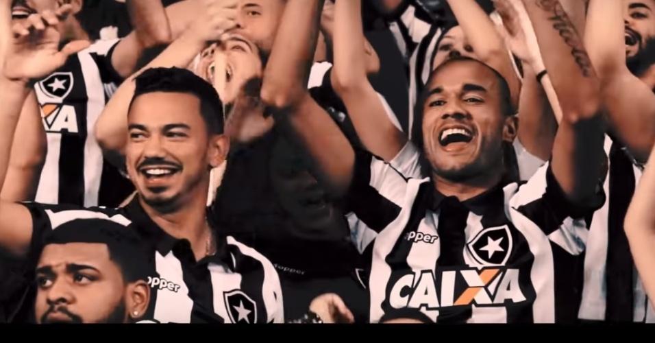 Rodrigo Lindoso e Roger deram uma de ator e viraram torcedores do Botafogo