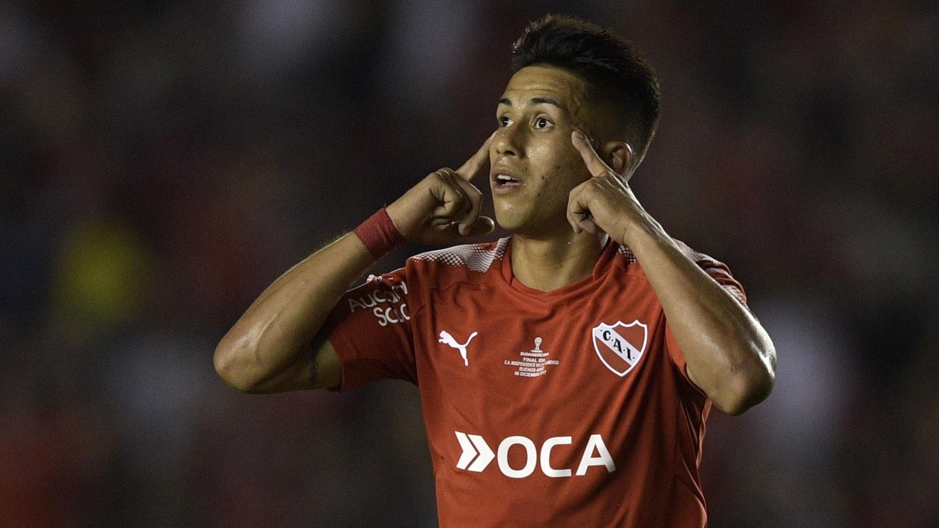 Meza comemora o gol da virada do Independiente sobre o Flamengo