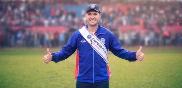 Paulo Turra, hoje auxiliar de Felipão, foi técnico do Cianorte em 2012, 2015 e 2016