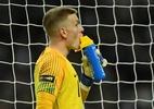 Everton investiga suposto envolvimento do goleiro Pickford em briga de bar - Toby Melville/Reuters