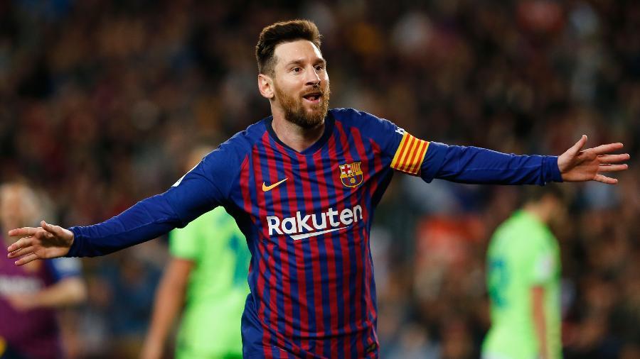 Nesta temporada, Messi tem 46 gols em 45 partidas pelo Barcelona - Pau Barrena/AFP