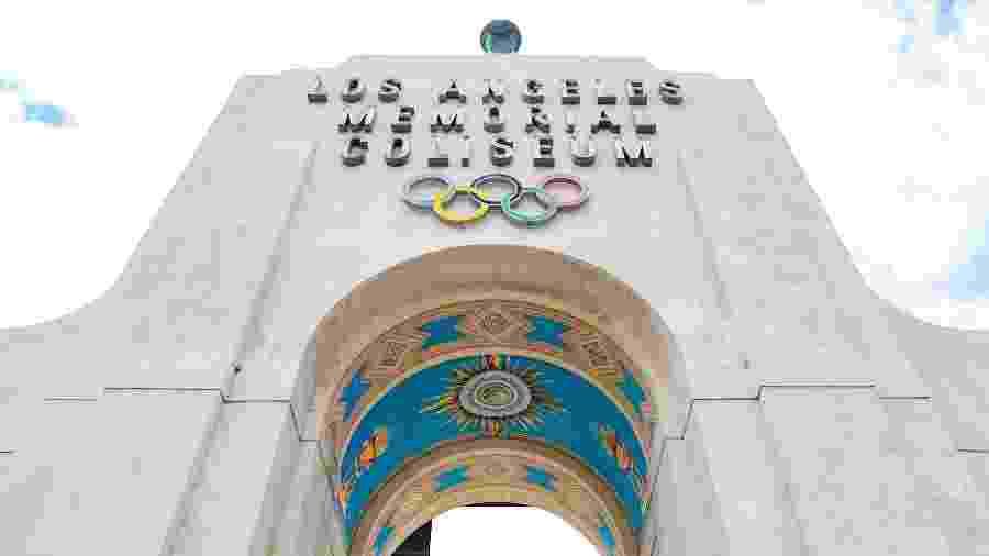 Fachada histórica do Los Angeles Memorial Coliseum, palco das Olimpíadas de 1932, 1984 e, agora, 2028 - Divulgação/lacoliseum.com