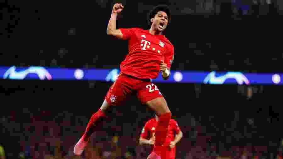 Camisa 22 marcou quatro gols no segundo tempo e brilhou na goleada do Bayern em Londres - Paul Childs/Reuters