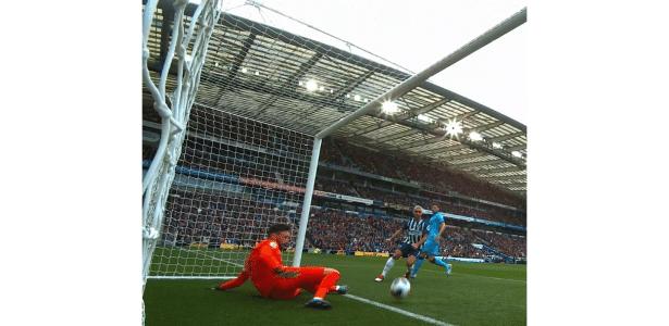 3 a 0 no Inglês | Lloris falha feio e sofre lesão chocante em derrota do Tottenham