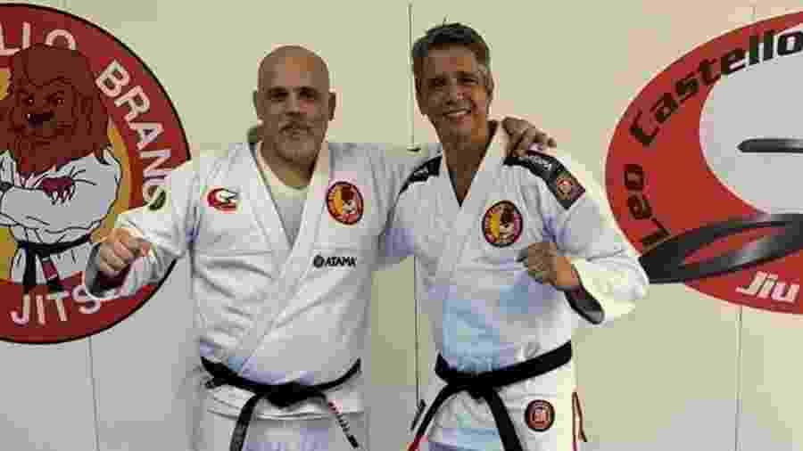 Ator Márcio Garcia recebe a faixa-preta de jiu-jitsu do mestre Castello Branco - reprodução/Instagram