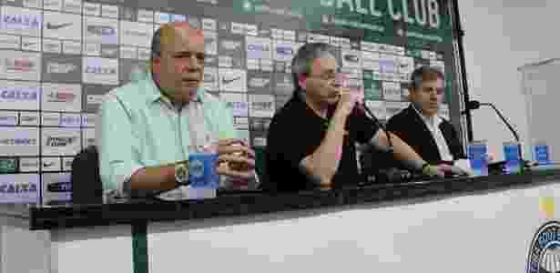 Gilson Kleina (dir.) está insatisfeito com a sequência de jogos - Divulgação/Coritiba