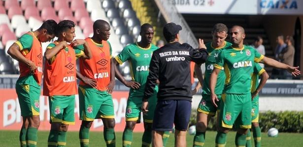Jogadores pediram e Jorginho acatou novo e inusitado horário de treinos no Vasco