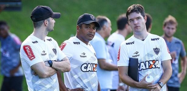 Roger Machado comandou o primeiro treino no Atlético-MG