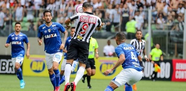 Atlético-MG precisa vencer para evitar a possibilidade de enfrentar o Cruzeiro antes da final