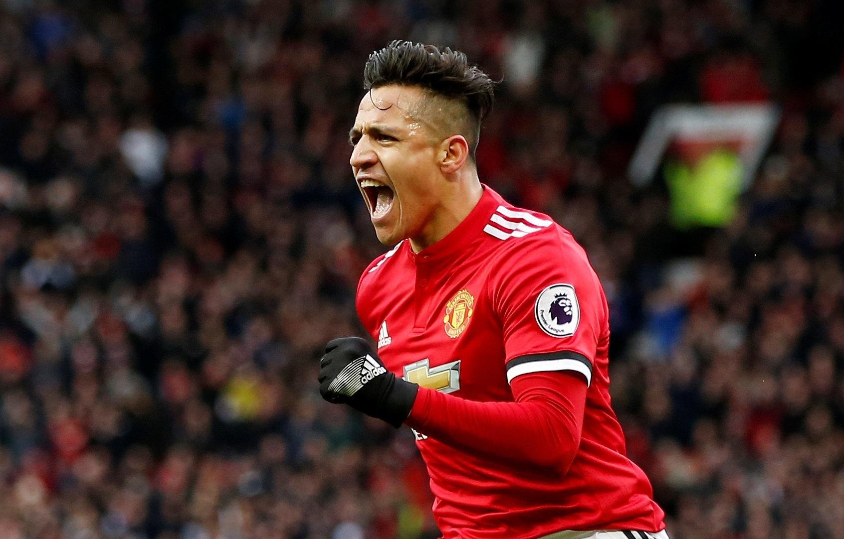 Sánchez festeja o segundo gol do Manchester United contra o Swansea