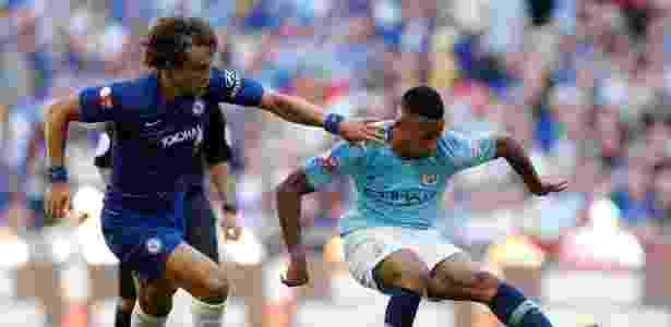 Gabriel Jesus e David Luiz - JOHN SIBLEY/Action Images via Reuters - JOHN SIBLEY/Action Images via Reuters