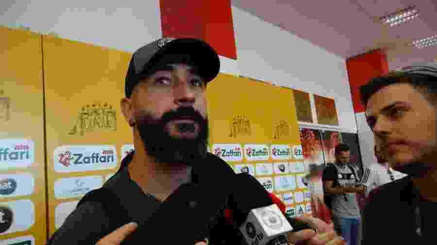 Douglas planeja atuar por mais dois anos profissionalmente - Marinho Saldanha/UOL