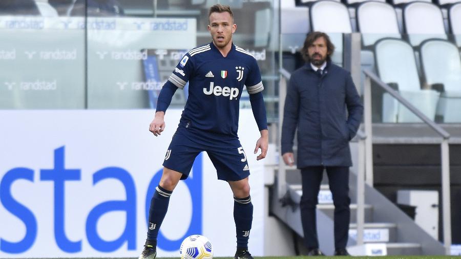 Arthur, jogador brasileiro da Juventus, sofreu acidente de carro, mas passa bem - Filippo Alfero - Juventus FC/Juventus FC via Getty Images