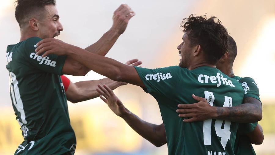 Scarpa comemora gol marcado contra a Ponte, na última rodada da fase de grupos - Cesar Greco/Palmeiras