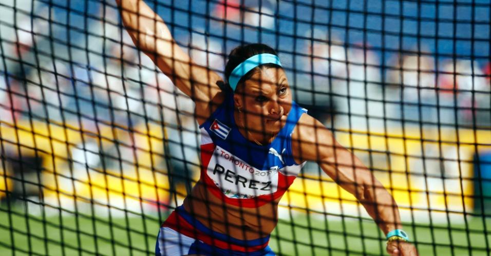 A cubana Yaime Perez ficou com a prata no lançamento de disco