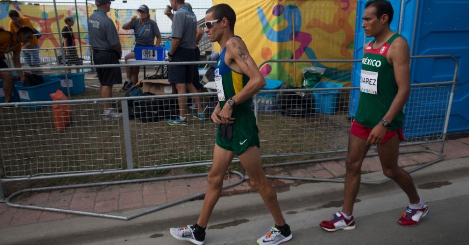 Com dores na coxa, Franck Caldeira abandonou a maratona