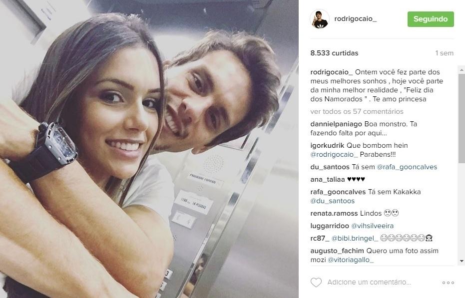 A dentista Tayane Carvalho é namorada do zagueiro são-paulino Rodrigo Caio