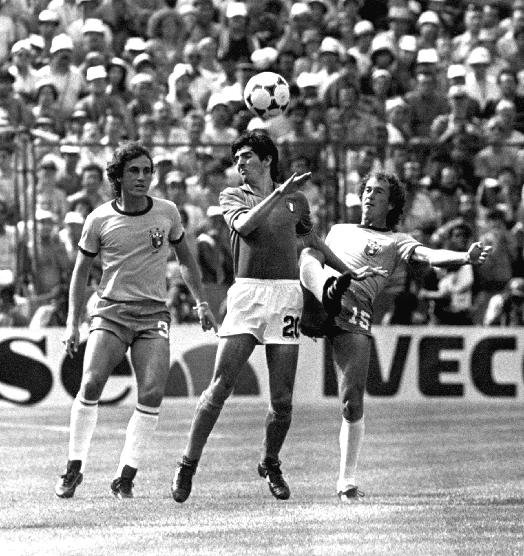 3a8984b807 Craques da seleção de 82  onde Brasil errou e o que Tite não deve fazer  -  05 07 2017 - UOL Esporte