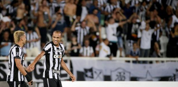 Botafogo tem sido visitante indesejado nesta edição da Libertadores