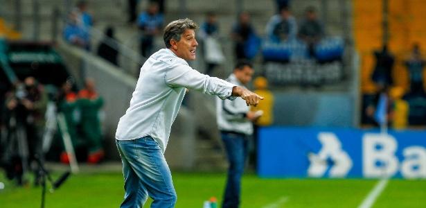 Treinador comemorou vitória e boa atuação diante do Botafogo, na Arena do Grêmio