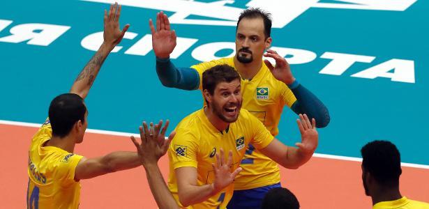 Brasil venceu a França, nesta quinta-feira (13), no Mundial de vôlei