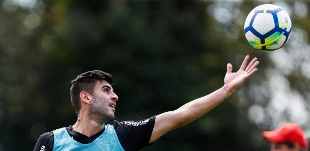 Liziero soma 33 partidas pela equipe profissional do Tricolor nesta temporada