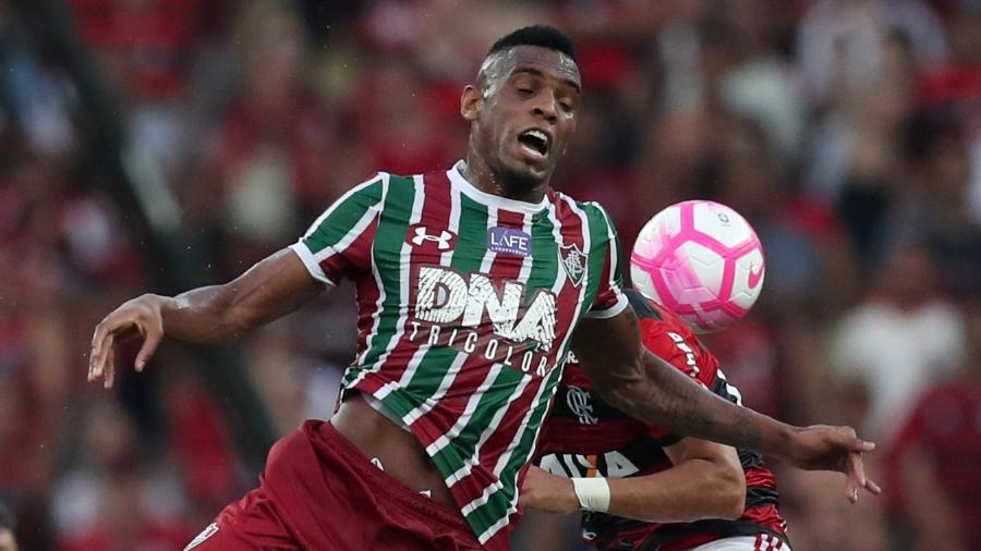 Digão, do Fluminense, em ação durante clássico contra o Flamengo - Ricardo Moraes/Reuters