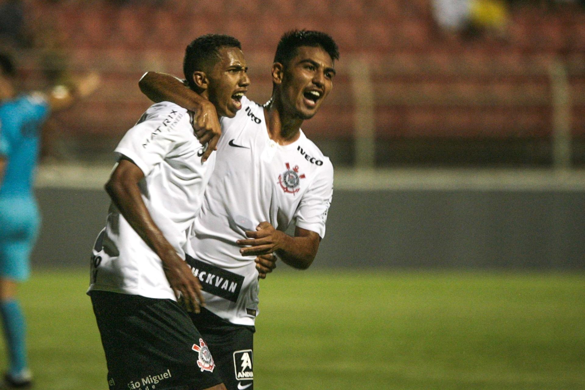 Corinthians segura vitória sobre Capital-TO e estreia com emoção na Copinha  - 02 01 2019 - UOL Esporte d289bfb279d02