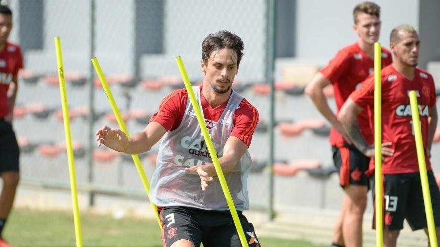 Zagueiro Rodrigo Caio salientou intensidade dos treinamentos sob o comando de Jorge Jesus - Alexandre Vidal / Flamengo